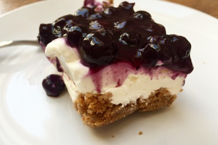 Stück Cheesecake