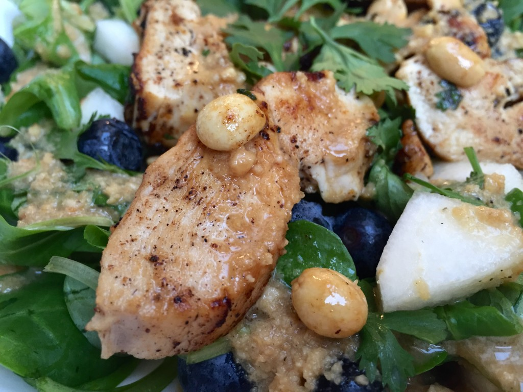 Hähnchen Feldsalat mit Blaubeeren