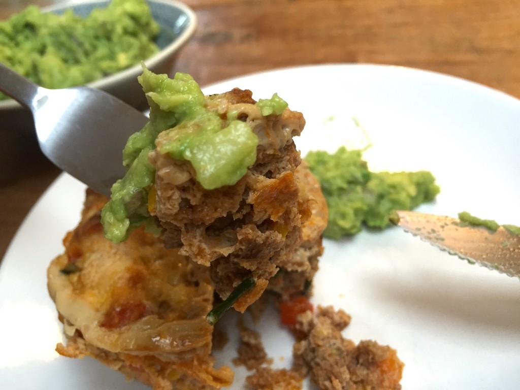 Hackfleisch Muffin mit Guacomole