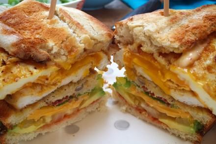 Clubsandwich mit Dinkeltoast